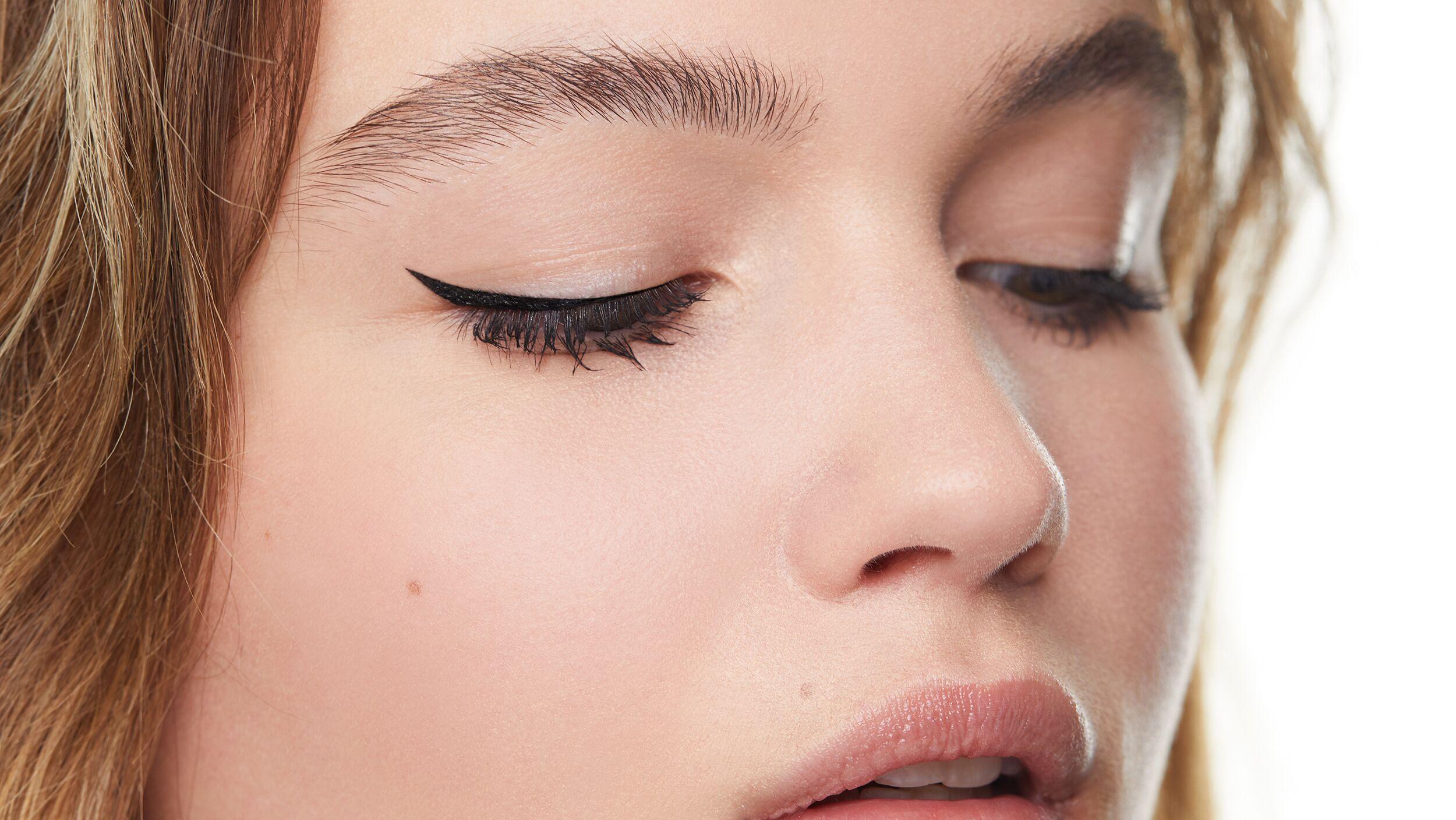 Precision Eyeliner Flick Files - Look 2