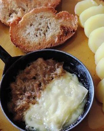 Raclette :  Raclette aux rillettes