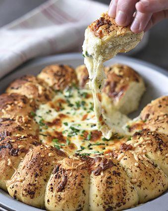Pizzas au fromage :  Pizza coeur coulant à dipper