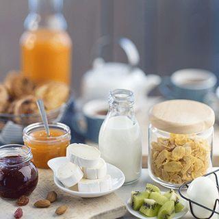 Recette : Buffet du petit-déjeuner complet au fromage - Recette au fromage