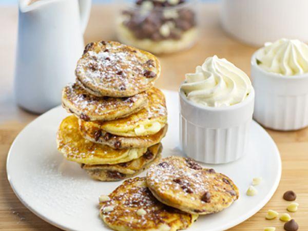 Recettes de crêpes et galettes :  Pancakes à la crème, fromage frais et pépites de chocolat