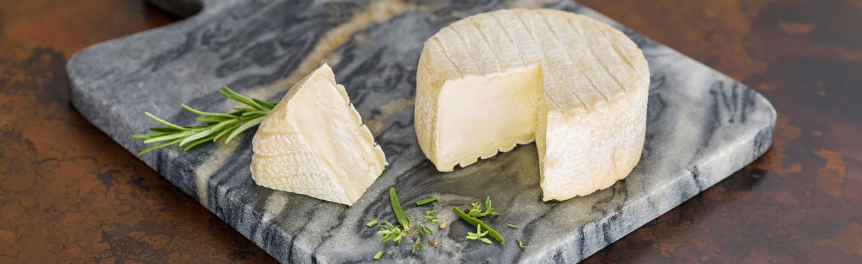 fromage pi d 39 angloys qui veut du fromage. Black Bedroom Furniture Sets. Home Design Ideas