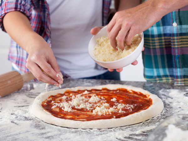 Pizzas au fromage : 10 bonnes raisons de faire sa pizza au fromage maison