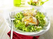 Recette : Salade frisée et fromage de brebis chaud au miel - Recette au fromage