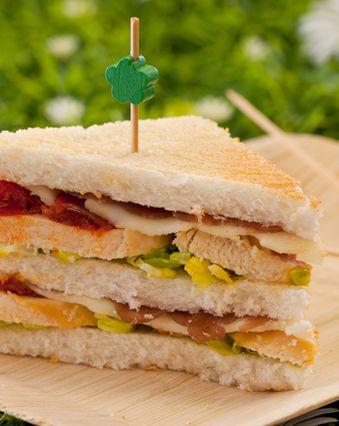 Sandwichs :  Club sandwich au thon et fromage frais