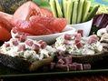 Recette : Assiette gourmande au fromage frais ail & fines herbes - Recette au fr...