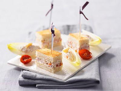 Recette : Mini croque-monsieur au fromage frais, jambon et noix - Recette au fro...
