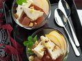 Recette : Gelée de poire au vin, fromage et crumble de crackers japonais - Recet...
