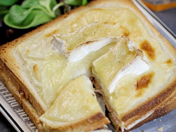 Croque-monsieur :  Croque-Monsieur au camembert