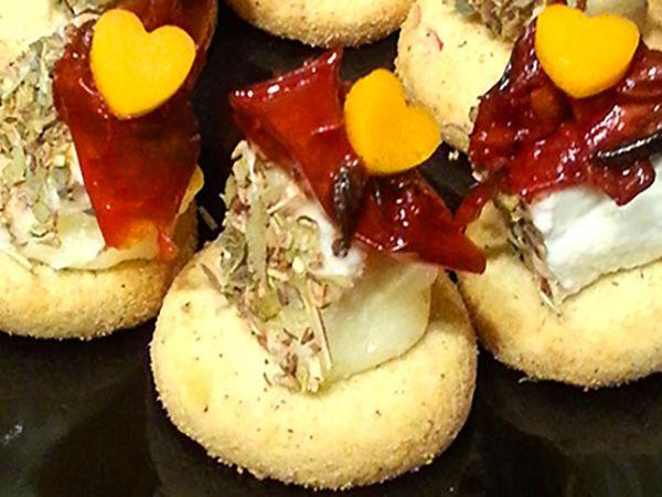 Recette : Bouchées sablées à la tomate séchée et au fromage - Recette au fromage