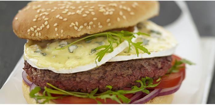 Recettes rapides : Recette : Hamburger au boeuf et au bleu - Recette au fromage