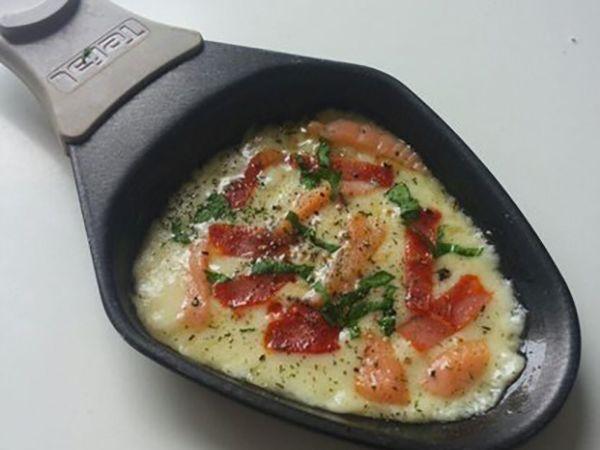 Raclette :  Raclette au chorizo et saumon fumé