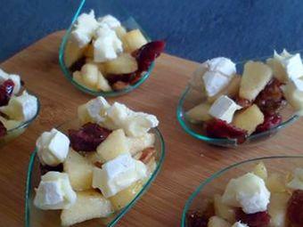 Recette : Cuillères apéritives aux pommes, fruits secs et fromage - Recette au f...