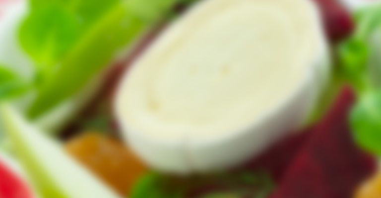 Recette Salade de betterave à la pomme verte et au fromage - Recette au fromage