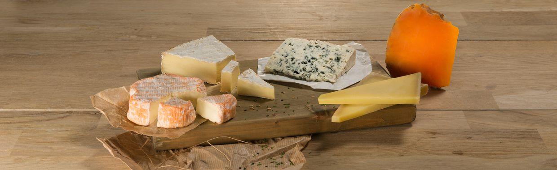 planche classique du fromager qui veut du fromage. Black Bedroom Furniture Sets. Home Design Ideas