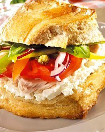 Sandwichs :  Sandwich niçois au fromage frais