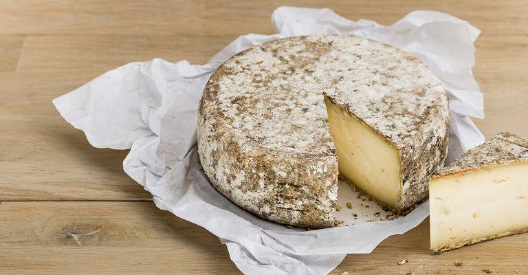fromage tomme de savoie igp qui veut du fromage. Black Bedroom Furniture Sets. Home Design Ideas