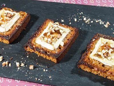 Recette : Toasts fromage, figues et pain d'épices - Recette au fromage