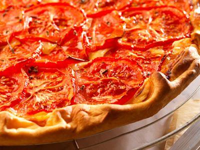 Tartes salées et sucrées au fromage : Tarte tomate et fromage : reine de l'été !