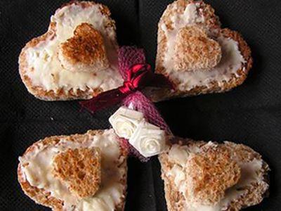 Recette : Toasts d'amoureux au fromage - Recette au fromage