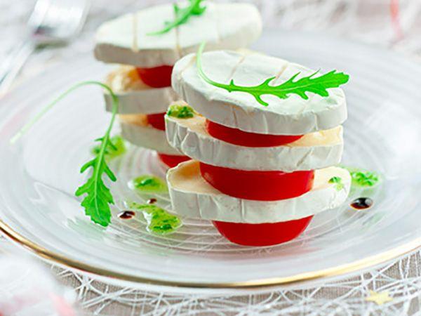 Recette : Millefeuille de fromage et tomate cerise - Recette au fromage