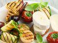 Recette : Légumes d'été grillés et fromage - Recette au fromage