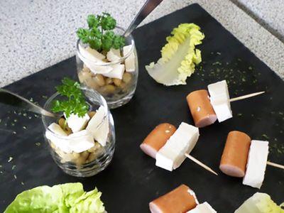 Recette : Salade de flageolets au fromage et brochettes de saucisse - Recette au...