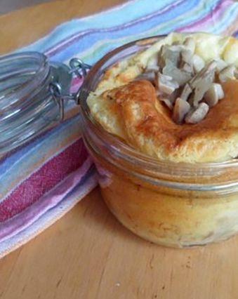 Soufflés au fromage :  Soufflé aux champignons de Paris et fromage