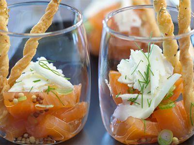 Recette : Verrine de saumon à l'aneth et fromage - Recette au fromage