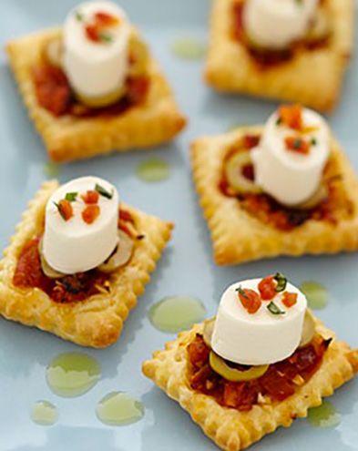 Plateau télé :  Mini pizza craquante de fromage frais