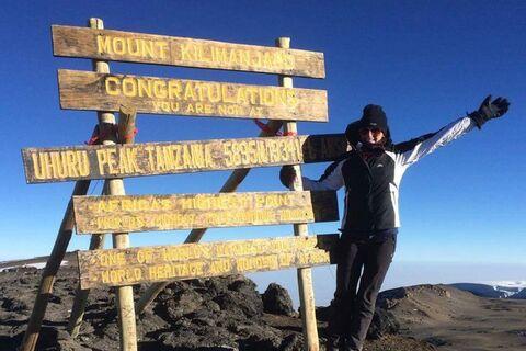 Kilimanjaro_Yan_Dellas_1
