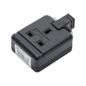 PLUG 13A 220V 1SCKT HEAVY DUTY BLACK ACE