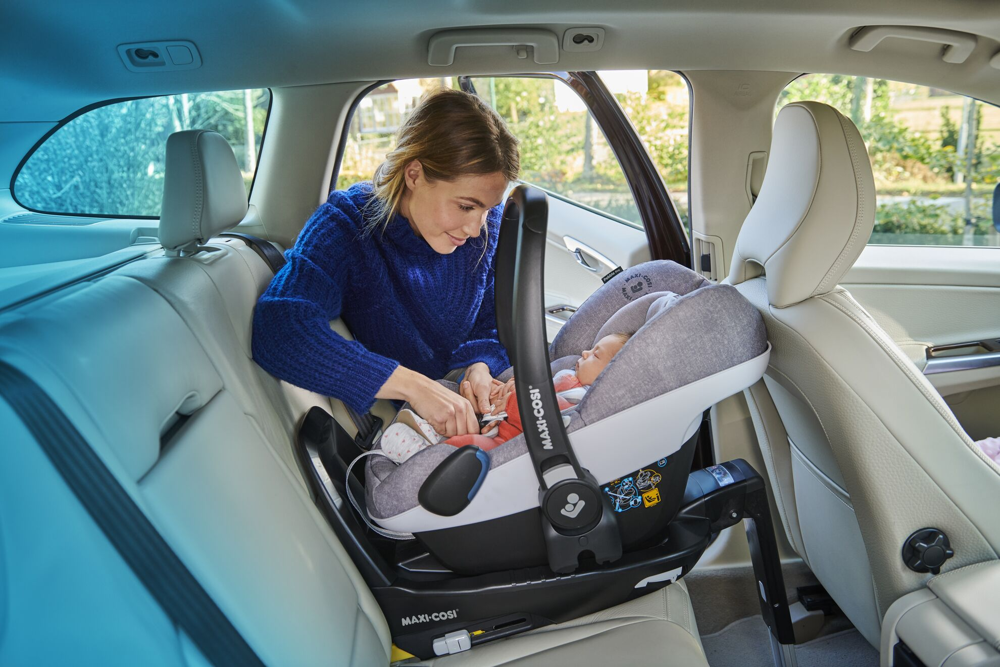 Travel safely with your newborn | Maxi-Cosi