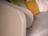 Liege Kiana in beigem Stoff mit motorisierter Kopf-und Fußverstellung