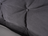 Detail von Kopfhaupt mit Knopfheftung