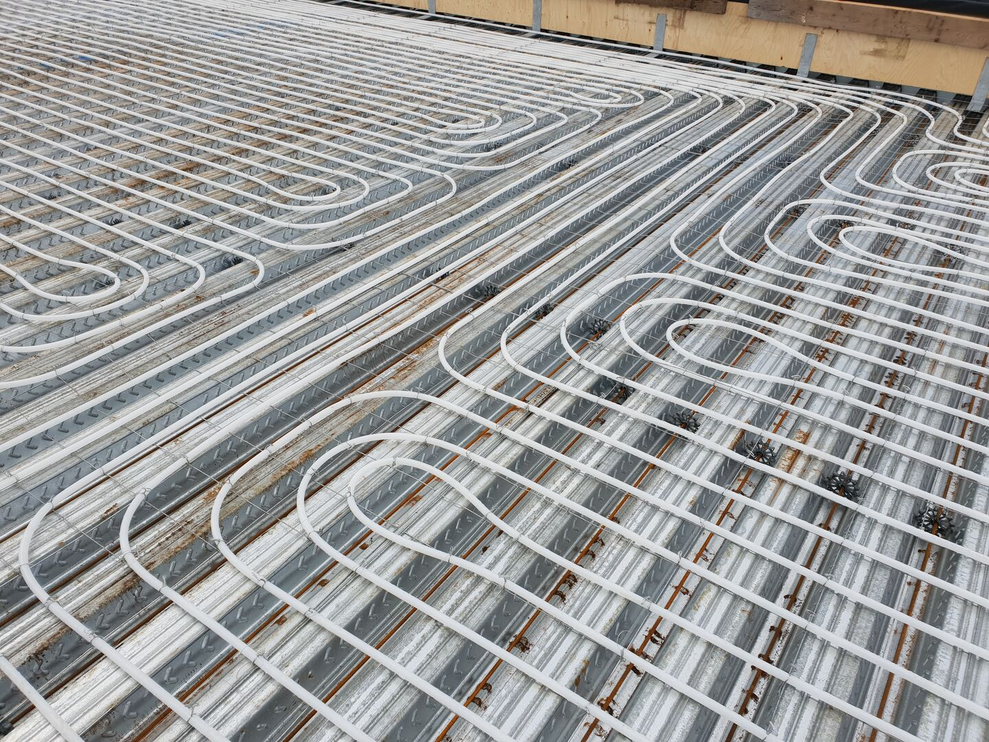 Tata Steel construction ComFlor Active floor heating system