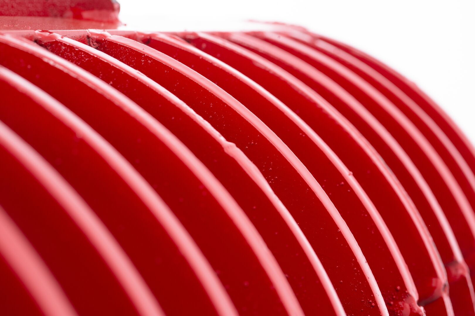 Red ridged coil