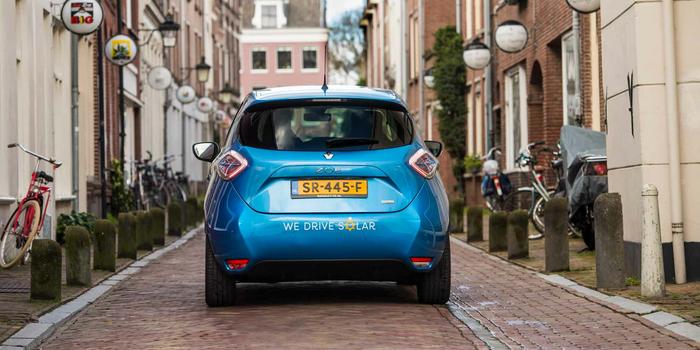 700 x 350 - H - Renault recharge bidirectionnelle