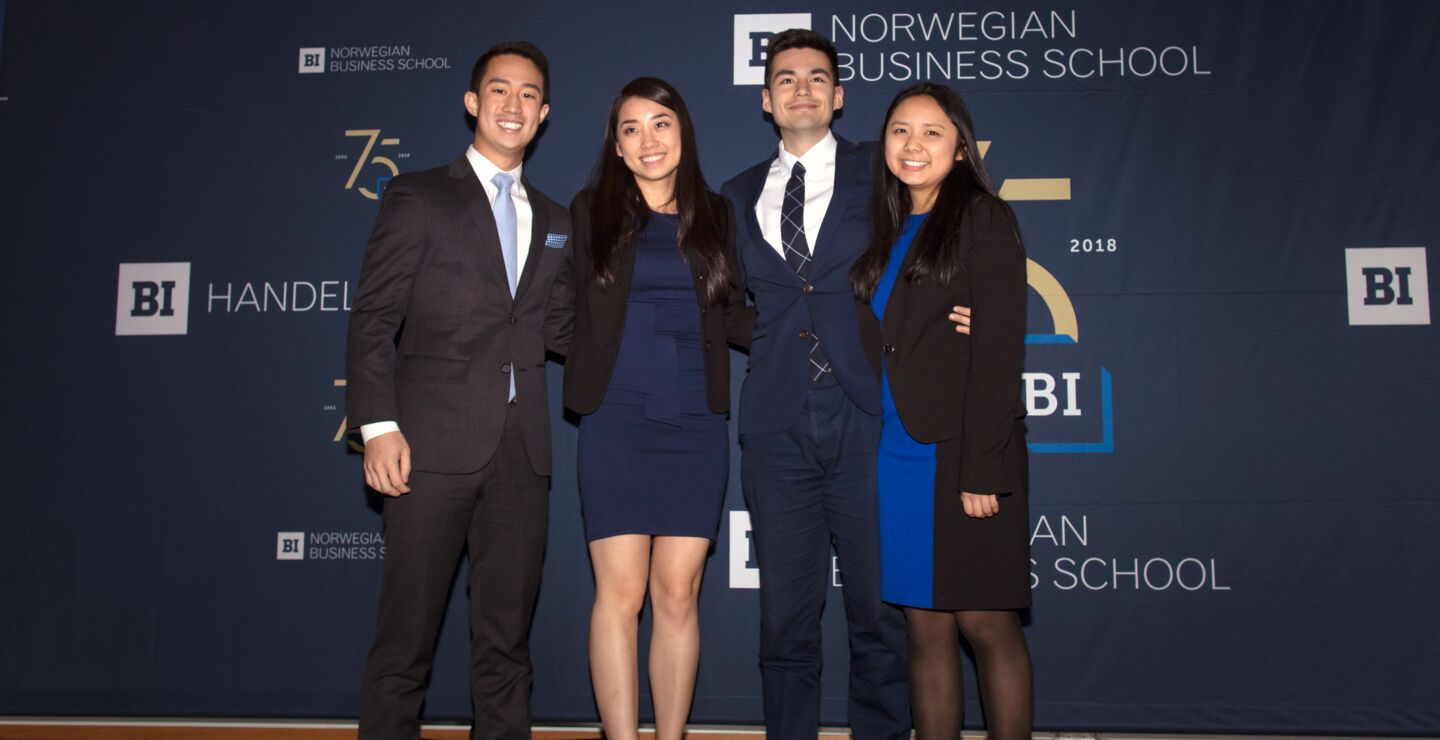 Vinnere av årets BI International Case Competition ble teamet Eagle Consulting fra Wharton School. Fra venstre: Richie Lou, Ximei Li, Nathan May og Emily Zhen.