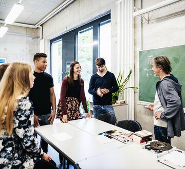 Klarer akademia og næringslivet å samarbeide om fremtidens jobber? image