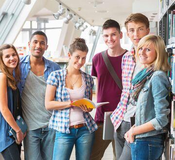 Gruppe med studenter
