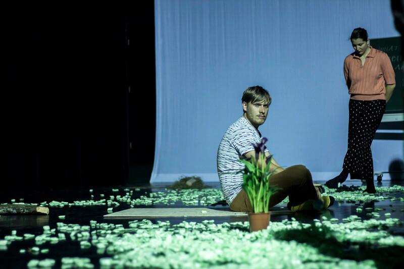 THEATRE | performance by Mariela Nestora | photo by Fenia Kotsopoulou