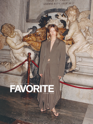 FAVORITE MAGAZINE Women's Fashion