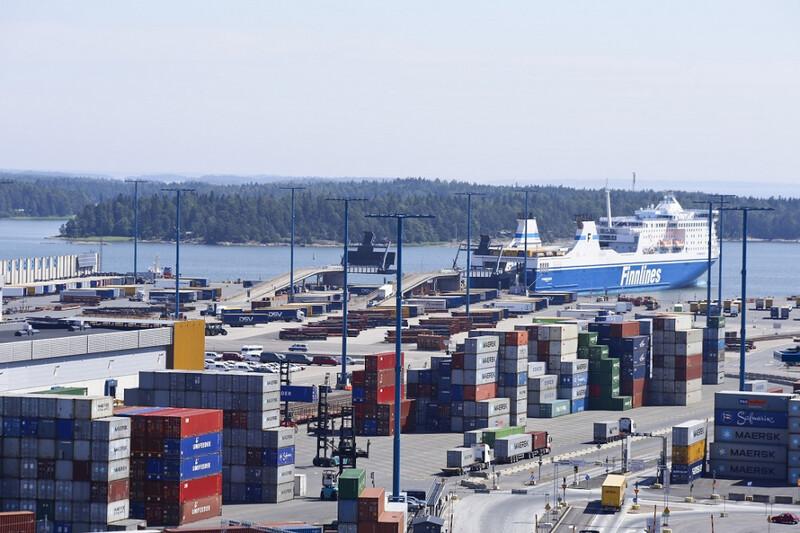 Kuehne + Nagel saavutti merkittävää kustannusetua keskittämällä maa- ja merirahtiterminaalit Vuosaaren Satamaan
