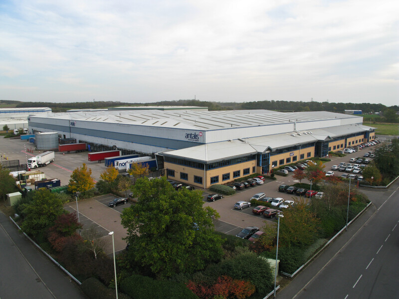 Logicor agrees long-term lease extension with Antalis