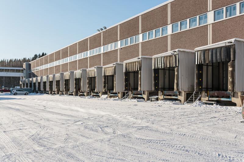 Rahtikeskukselle lisää varastotilaa Vantaan Petikossa