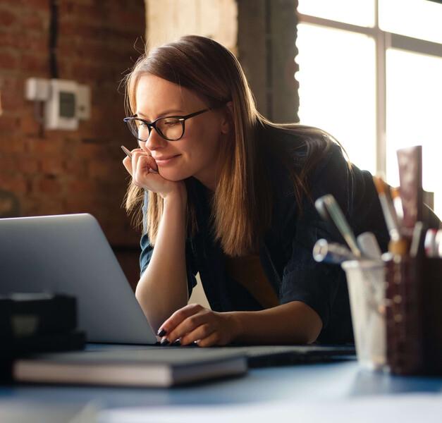 professional-woman-using-laptop