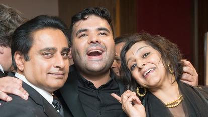 Celebrities Smiling, Arts Culture Awards