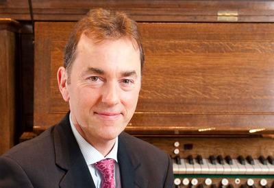 Organist, Thomas Trotter