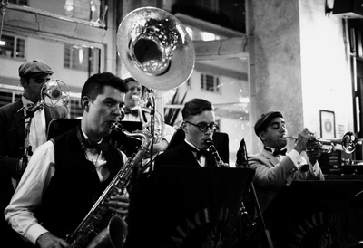 Black and White image of The Palace Avenue Dixieland Band